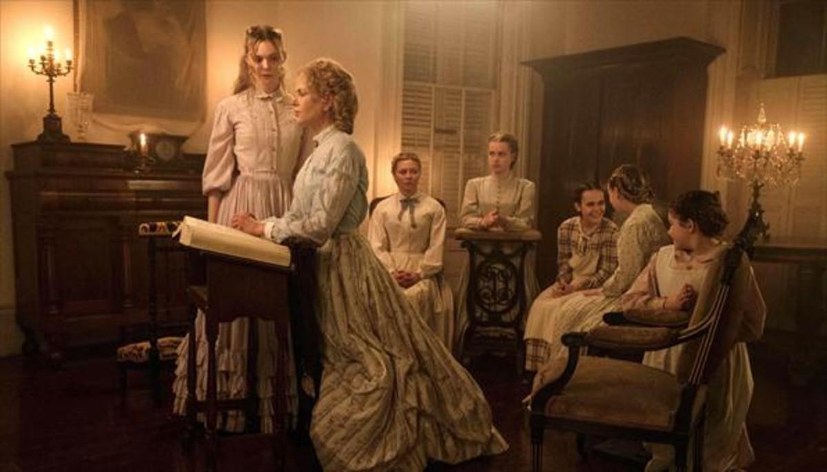 LA SEDUCCIÓN. Historia de siete mujeres cuya vida pone patas arriba la irrupción de un hombre en la trama.