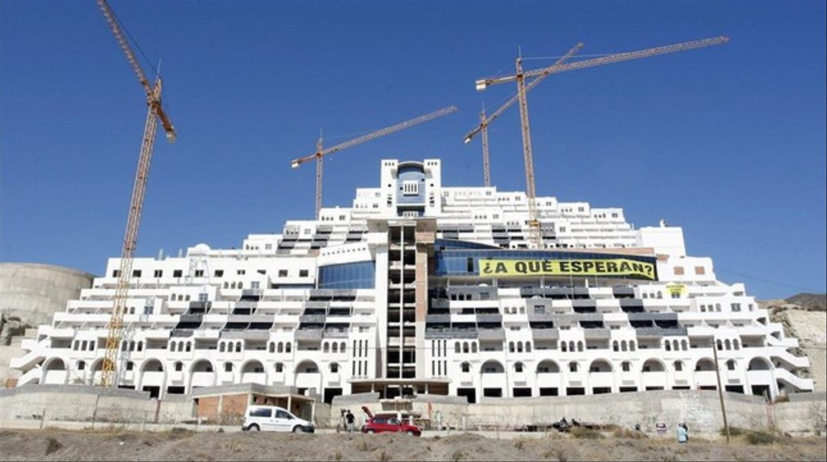 El hotel del Algarrobico, en el 2012.