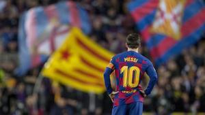 Messi, durante el partido entre el Barça y el Levante en el Camp Nou.