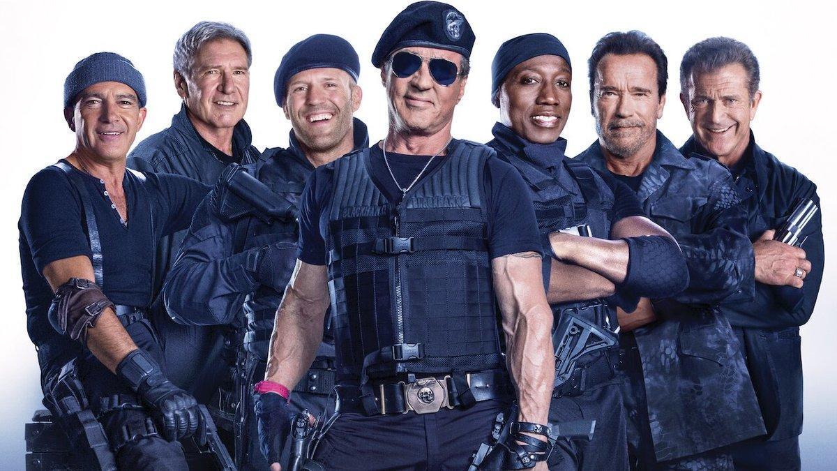 Elenco de 'Los Mercenarios 3'.