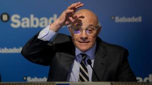 El presidente del Sabadell, Josep Oliu, durante una presentación de los resultados del banco.