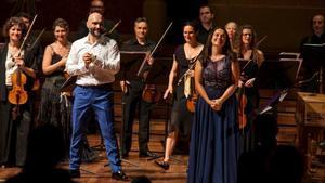 Xavier Sabata yNúria Rial, tras su éxito en el Palau de la Música el miércoles con el conjunto Vespres d' Arnadí.