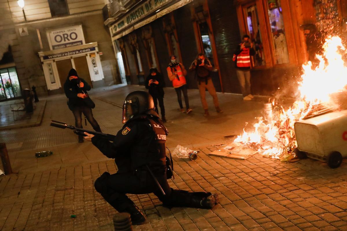 Incidentes en Madrid durante la manifestación en apoyo a Pablo Hasél