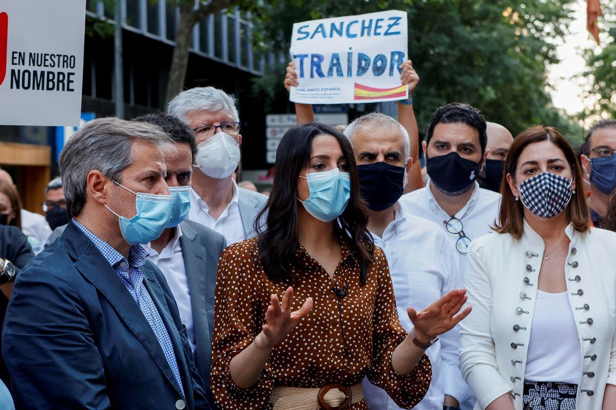 Inés Arrimadas durante la protesta en Barcelona