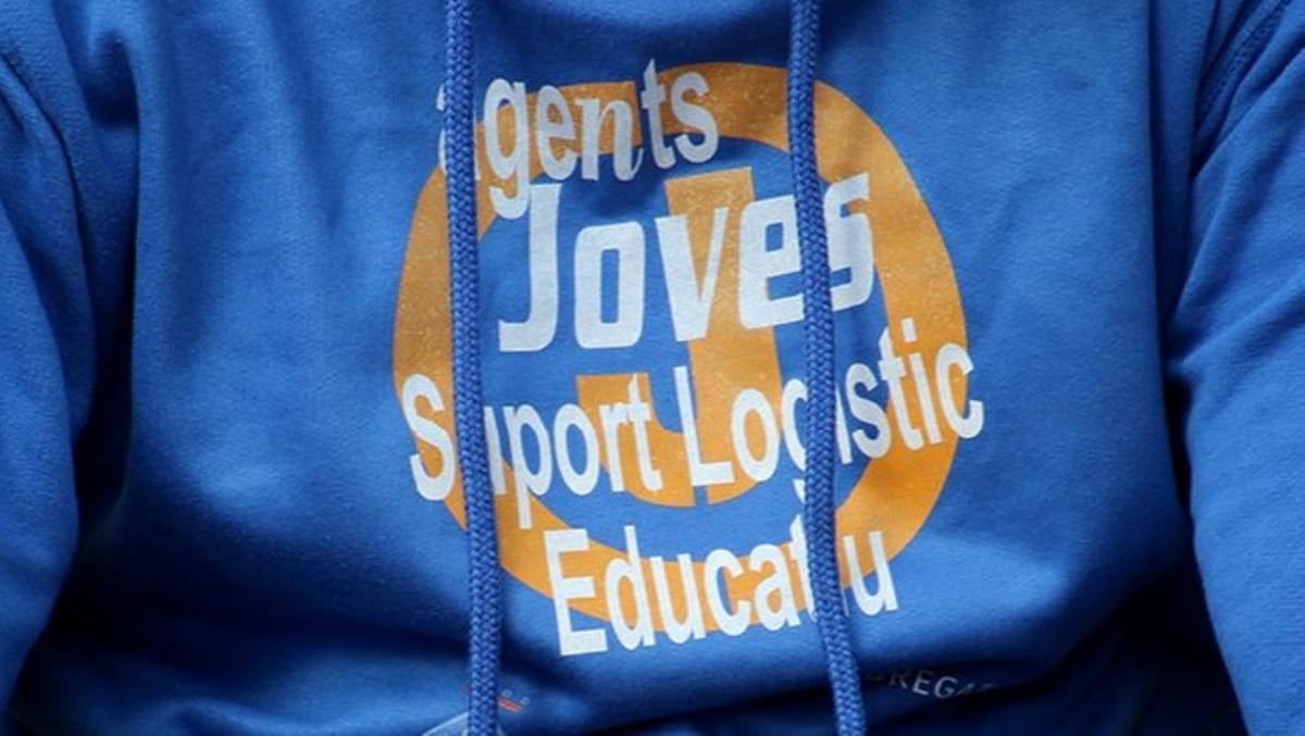 Los agentes jóvenes de apoyo logístico a los centros educativos de Sant Boi queda recogido en el Banco de Buenas Prácticas de los Gobiernos Locales