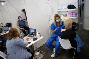 Vacunación en la Fira de Barcelona, el 2 de mayo.
