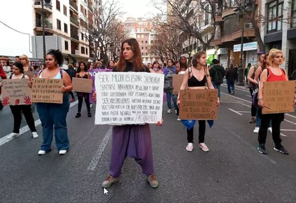 ¿Està a favor de convocar manifestacions el 8 de març?