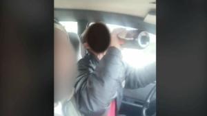 Vídeo de dos jóvenes que se grabaron bebiendo al volante en Mollina (Málaga).