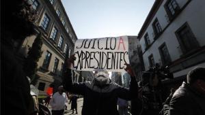 Un ciudadano pide enjuiciar a los expresidente de México.