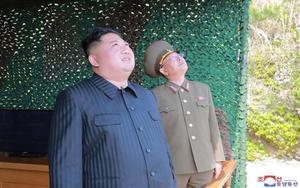 Kim Jong-un, el líder de Corea del Norte en una prueba de misiles.