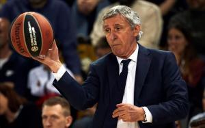 Svetislav Pesic, en un reciente encuentro de la Euroliga en el Palau