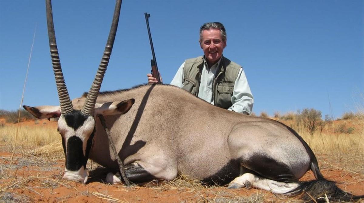 El expresidente de Caja Madrid, Miguel Blesa, durante una cacería en Namibiaen el 2007.