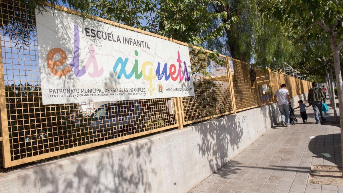Escuela de Alicante centro de la polémica generada en redes sociales.