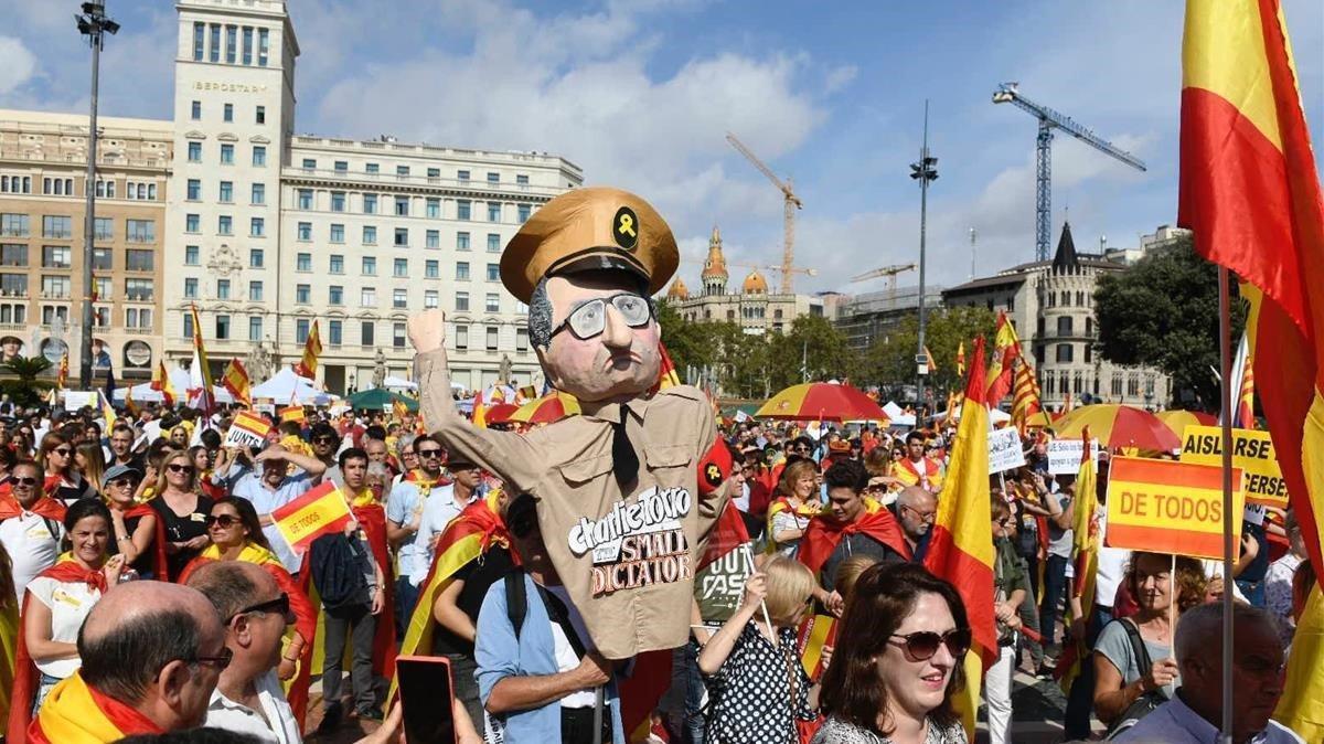 Manifestación unionista del 12 de octubre del2019.