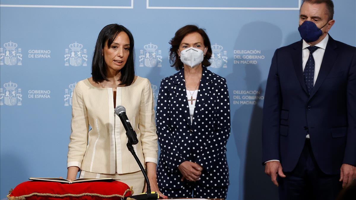 La nueva delegada del gobierno en Madrid, la socialista Mercedes González, toma posesión como nueva delegada del Gobierno en la Comunidad de Madrid junto a la vicepresidenta Carmen Calvo y su predecesor, José Manuel Franco,