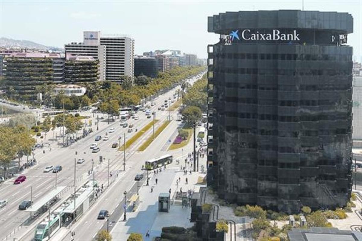 Sede de La Caixa en la Diagonal de Barcelona.