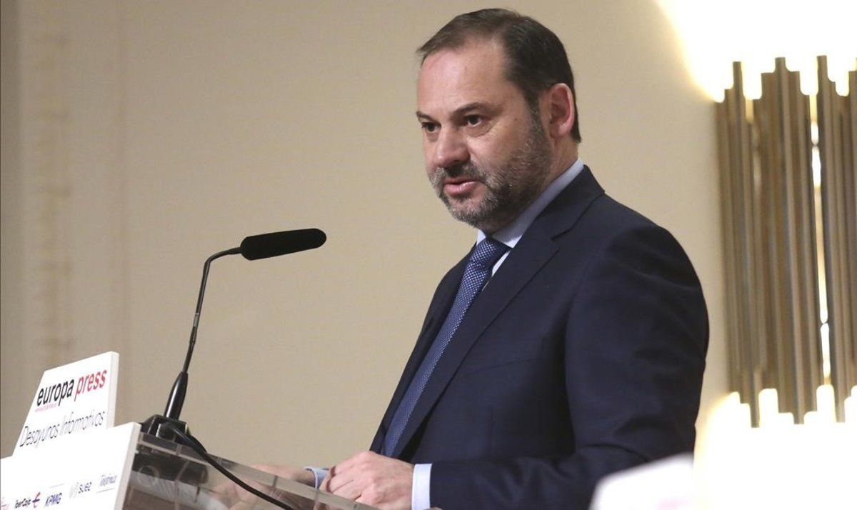 El ministro de Fomento, José Luis Ábalos,este lunesdurante los desayunos informativos de Europa Press.