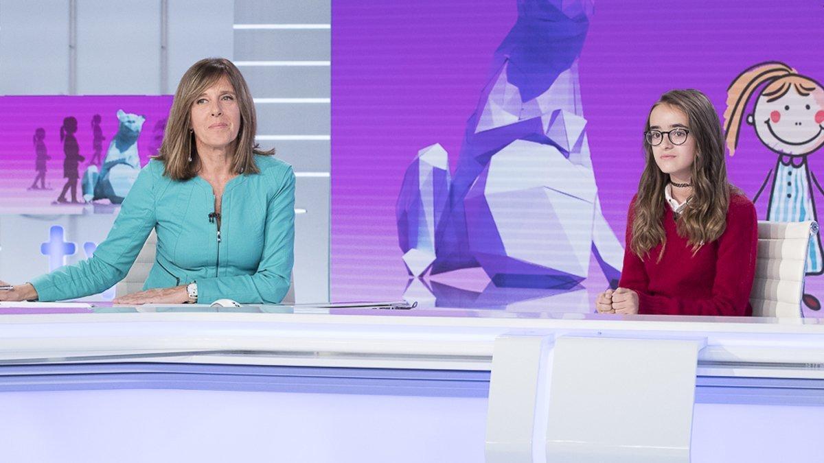 Ana Blanco y Gema Sánchez, en el 'Telediario' de TVE-1.