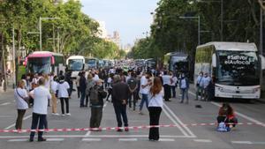 Protesta del sector turístico, organizada por el colegio Coptur en el Passeig de Gràcia de Barcelona.