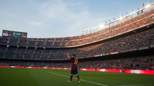 El FC Barcelona antes y después de que llegara el mejor jugador de la historia.