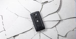 Mòbils d'alta resistència i amb tres anys de garantia