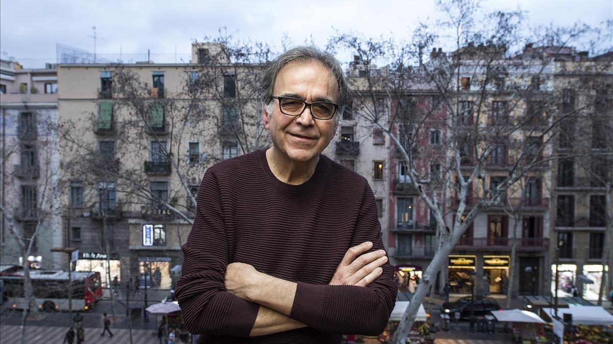 Joan Subirats, en el balcón de su despacho de la Virreina.