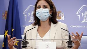 MADRID, 22/09/2020.- La portavoz socialista en el Congreso, Adriana Lastra, durante la rueda de prensa que ha ofrecido tras la Junta de Portavoces de la Cámara Baja. EFE/ J.J. Guillen