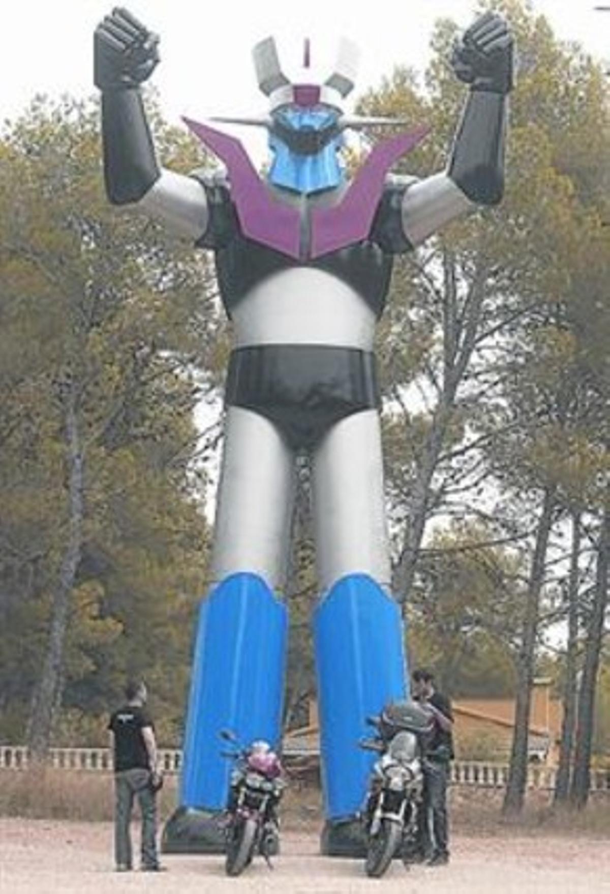 La estatua de Mazinger Z lleva allí 35 años.