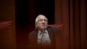 Arcadi Calzada comparece en la comisión de investigación del Parlament.