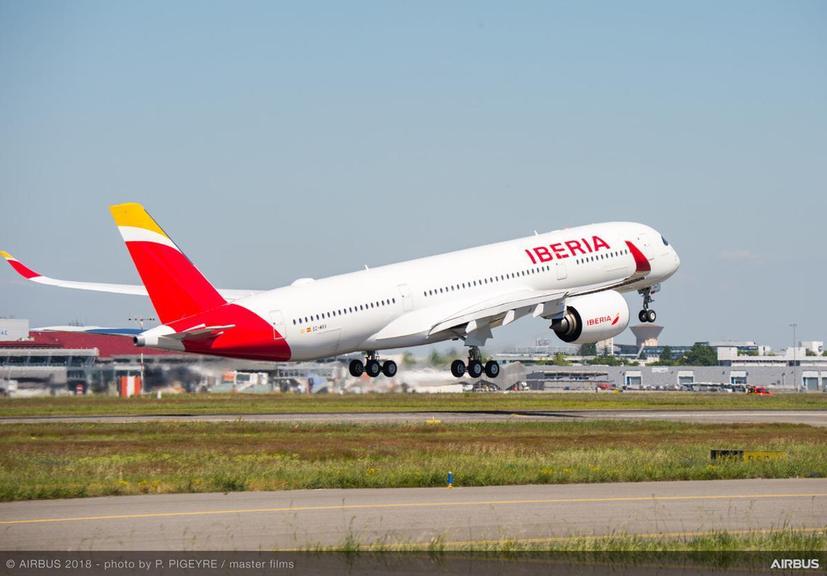 Un avión de la aerolínea española Iberia.