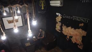 Imagen del bar temático de 'Juego de tronos' en Islamabad (Pakistán).