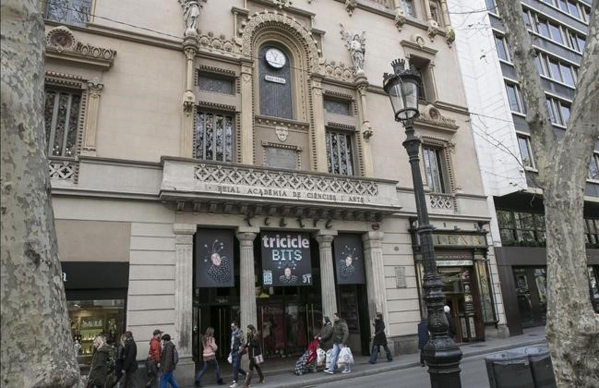 La fachada del Teatre Poliorama, en la Rambla.