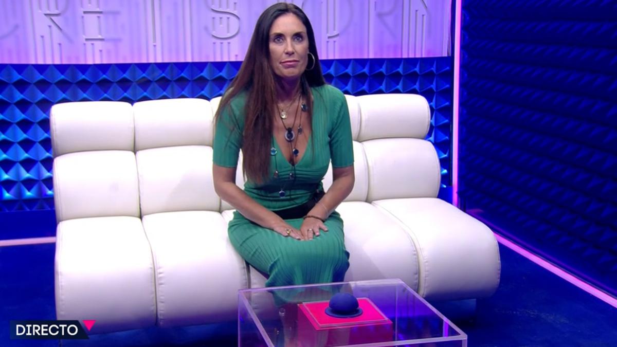 Isabel Rábago en el 'cubo' de 'Secret Story'.