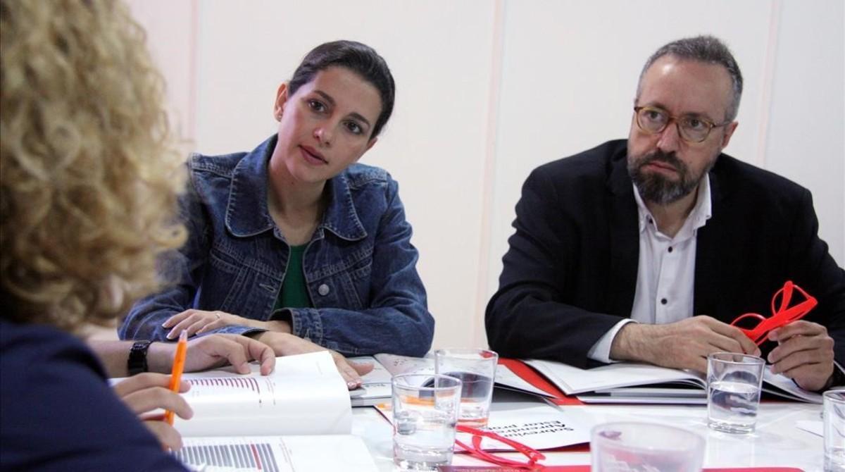 La líder de Ciutadans en el Parlament,Inés Arrimadas, y el cabeza de lista por Barcelona al 26-J, Juan Carlos Girauta.