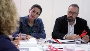 Ciutadans fustiga el PP per tornar a l'eix vella-nova política