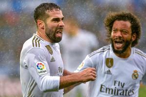 Carvajal en la celebración de un gol.