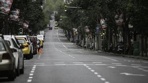 La calle de Muntaner de Barcelona, prácticamente desierta, el pasado 1 de abril, en pleno confinamiento.