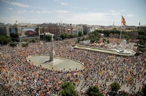 Imagen aérea de la concentración en la plaza de Colón de Madrid contra los indultos del 'procés'.