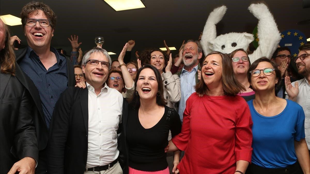 Los dirigentes de Los Verdes celebran el resultado en las elecciones europeas, el pasado 26 de mayo.