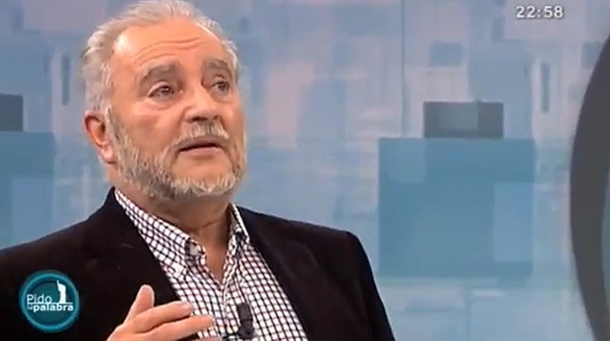 Julio Anguita, en el programa de Canal Sur 'Pido la palabra'.
