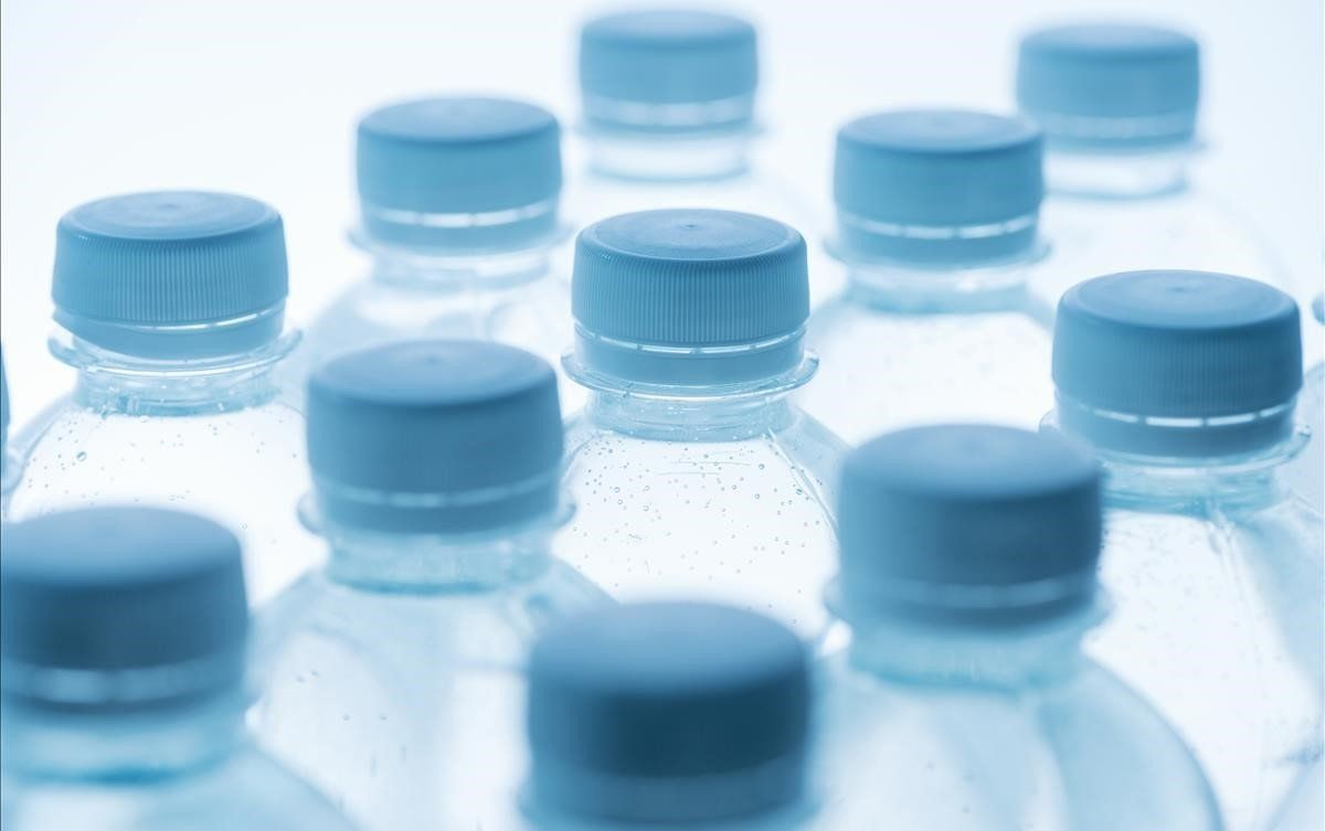 A partir del 2020 Italia introducirá un impuesto al uso del plástico y a las bebidas azucaradas.