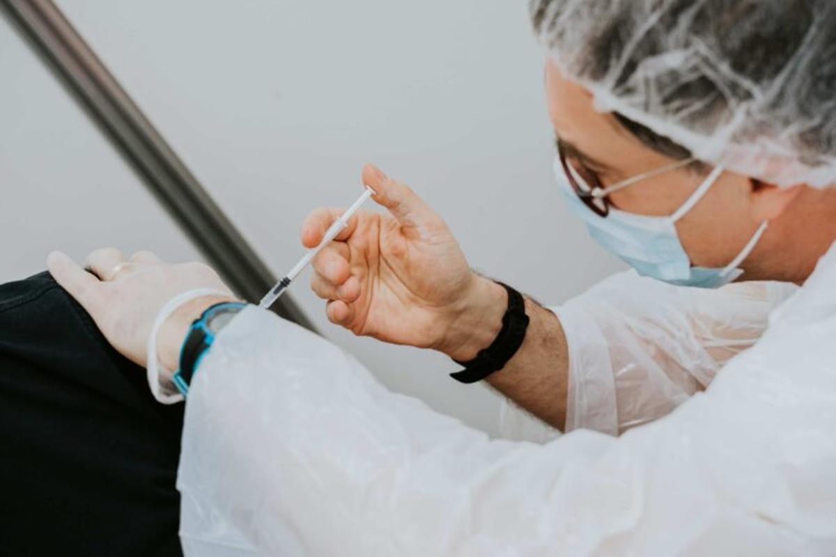 ¿Com serà la grip? Els experts preveuen més casos i morts que l'any passat
