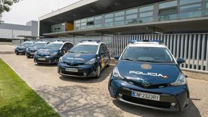 Nuevos vehículos de policía que circulan por las calles de Zaragoza, el pasado día 2 de junio.