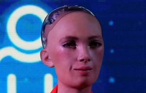 El robot 'Sophia', este lunes, en la presentación de su participación en la jornada electoral del 4-M.