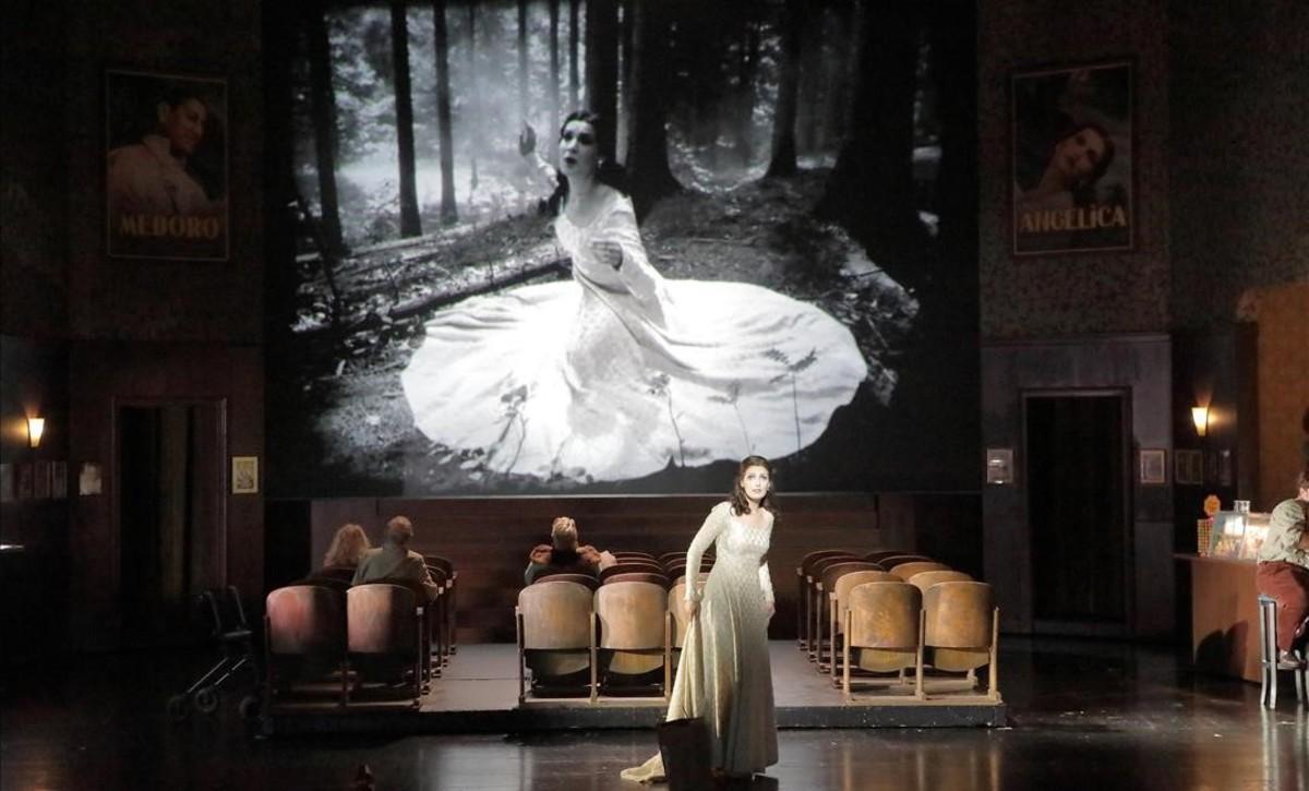 La soprano Adela Zaharia (Angelica), en 'Orlando Paladino', de Joseph Haydn, en una nueva producción de la Ópera de Baviera, en Múnich.