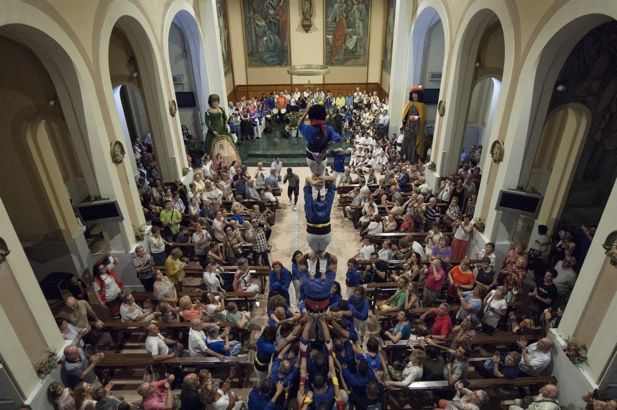 Actos de la festividad en la iglesia de Santa Magdalena de Esplugues