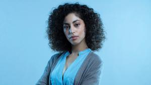 Mina El Hammani, en una imagen promocional de 'El internado. Las Cumbres'.