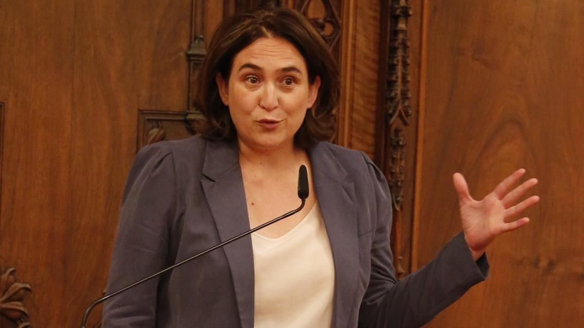 Ada Colau suggereix que l'1-O votarà en blanc o nul