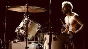 Riz Ahmed, en un fotograma de 'Sound of metal'.