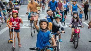 El Bicibús: al colegio en bicicleta por las calles del Eixample.